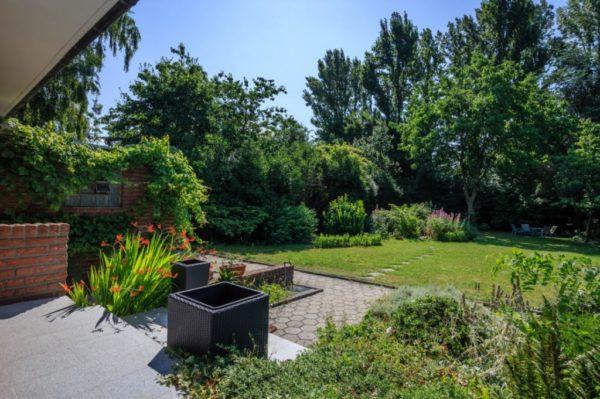 Bungalow-Geldern-Garten-2