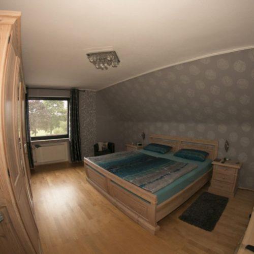 Mehrgenerationenhaus-Alpen-Haus-1-Schlafzimmer